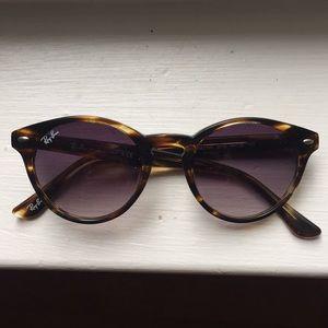 Ray Ban round cat-eye sunglasses